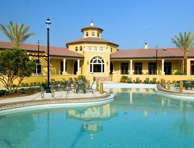 Sweetwater by Del Webb – Florida 55+ Communities - Clubhouse and swimming pool at Sweetwater by Del Webb in Jacksonville, Florida