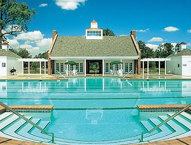 Swimming pool and clubhouse at Albemarle Plantation in Hertford, North Carolina