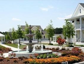 North Carolina Gated Communities | Carolina Colours Water Fountain