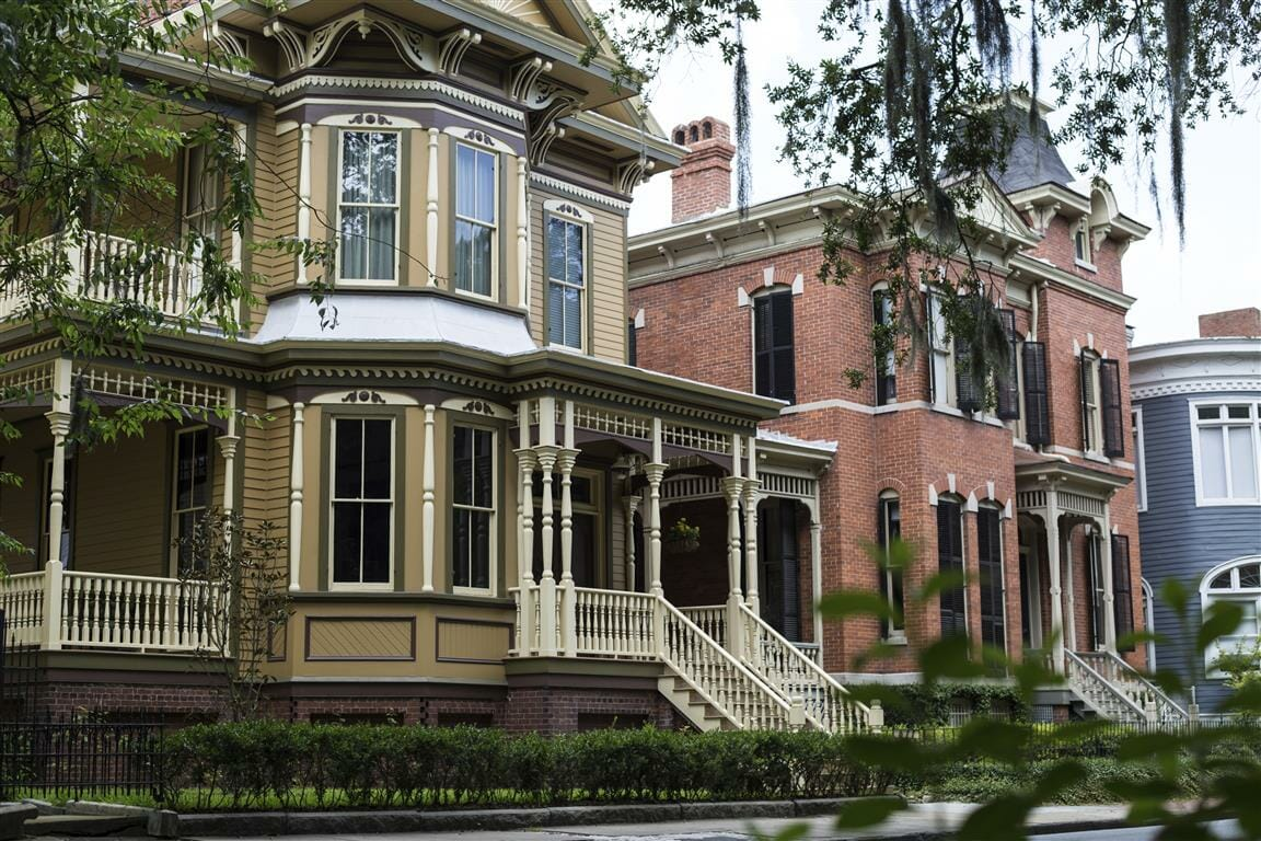 Retire to georgia savannah georgia best places to live for Beautiful homes in america