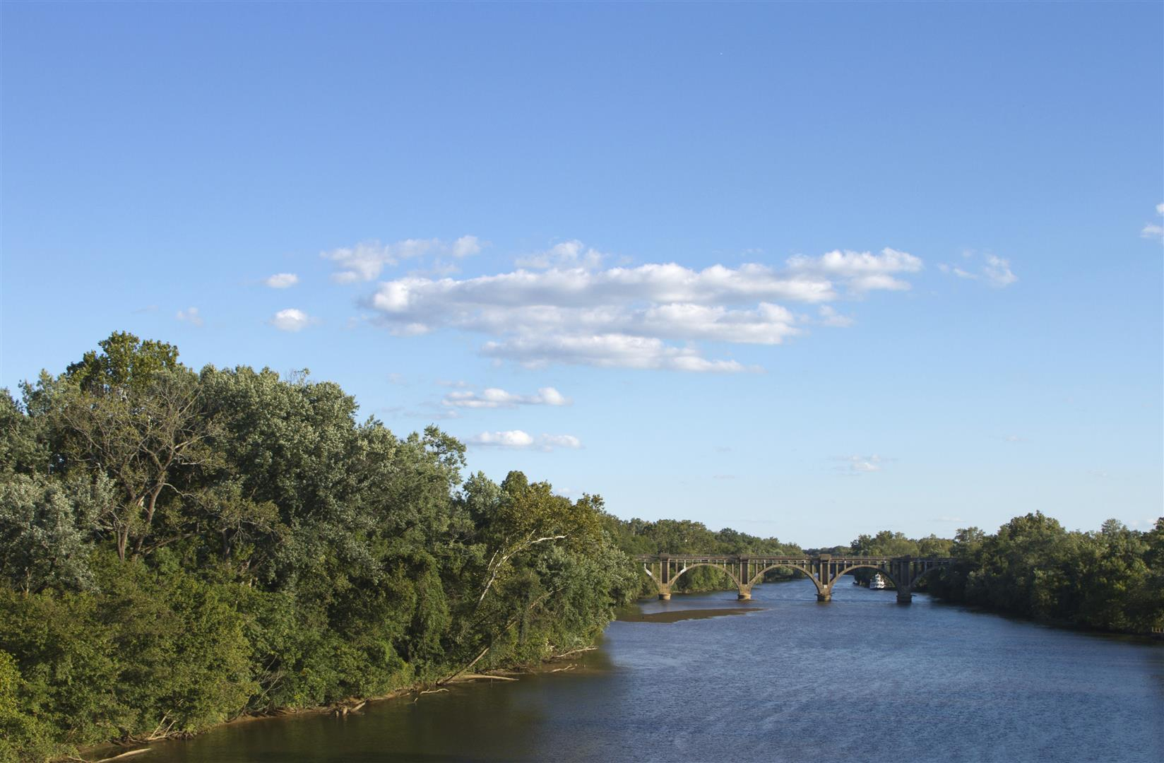 Retire to fredericksburg va best places to retire in for Fishing in richmond va