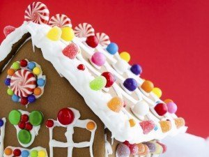 Holiday Prep - Family Traditions - Gingerbread House - Christmas crafts - Christmas