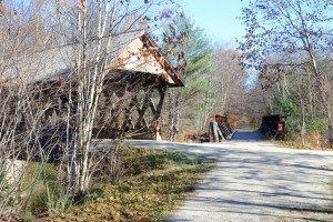 3.In Andover, the trail follows the Blackwater River, which is spanned by the Keniston covered bridge (dating from 1882).