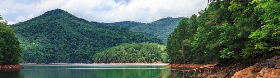 Luxury Lake Communities for Retirement