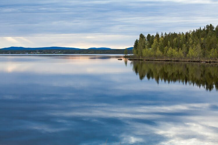 Fantasy Lake Lives